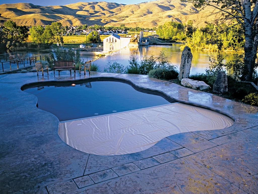 Automatic pool covers for odd shaped pools Infinity Pool Coverpools Cover Any Type Of Pool Coverpools